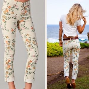 COH Thompson Floral Midrise Skinny Jeans 27 G3435